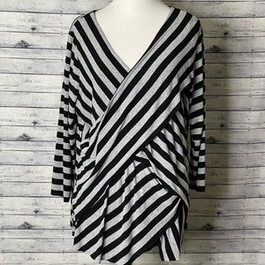Vince Camuto Striped Blouse Size 1X